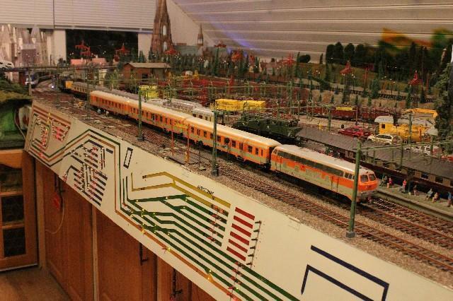 Personenzüge der MOB Citti