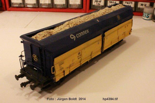 Güterwagen der MOB Erz