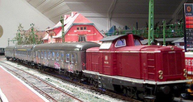 Personenzüge der MOB Silber
