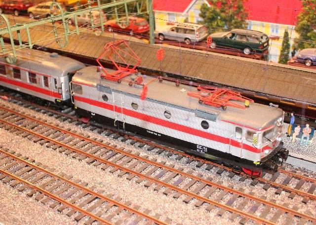 Personenzüge der MOB T%3DC3%3DA5gab1