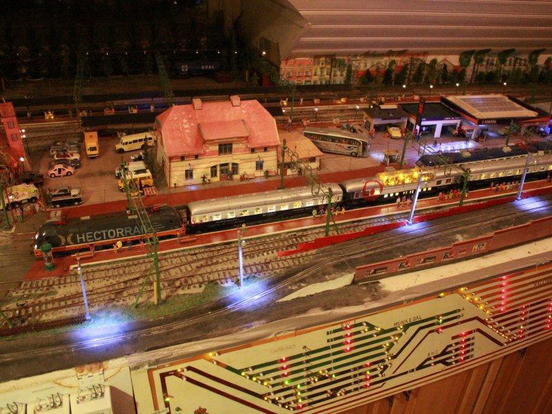 Personenzüge der MOB Veolia