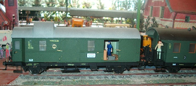 Aus meinem Archiv - Züge bei der MOB Zug40c